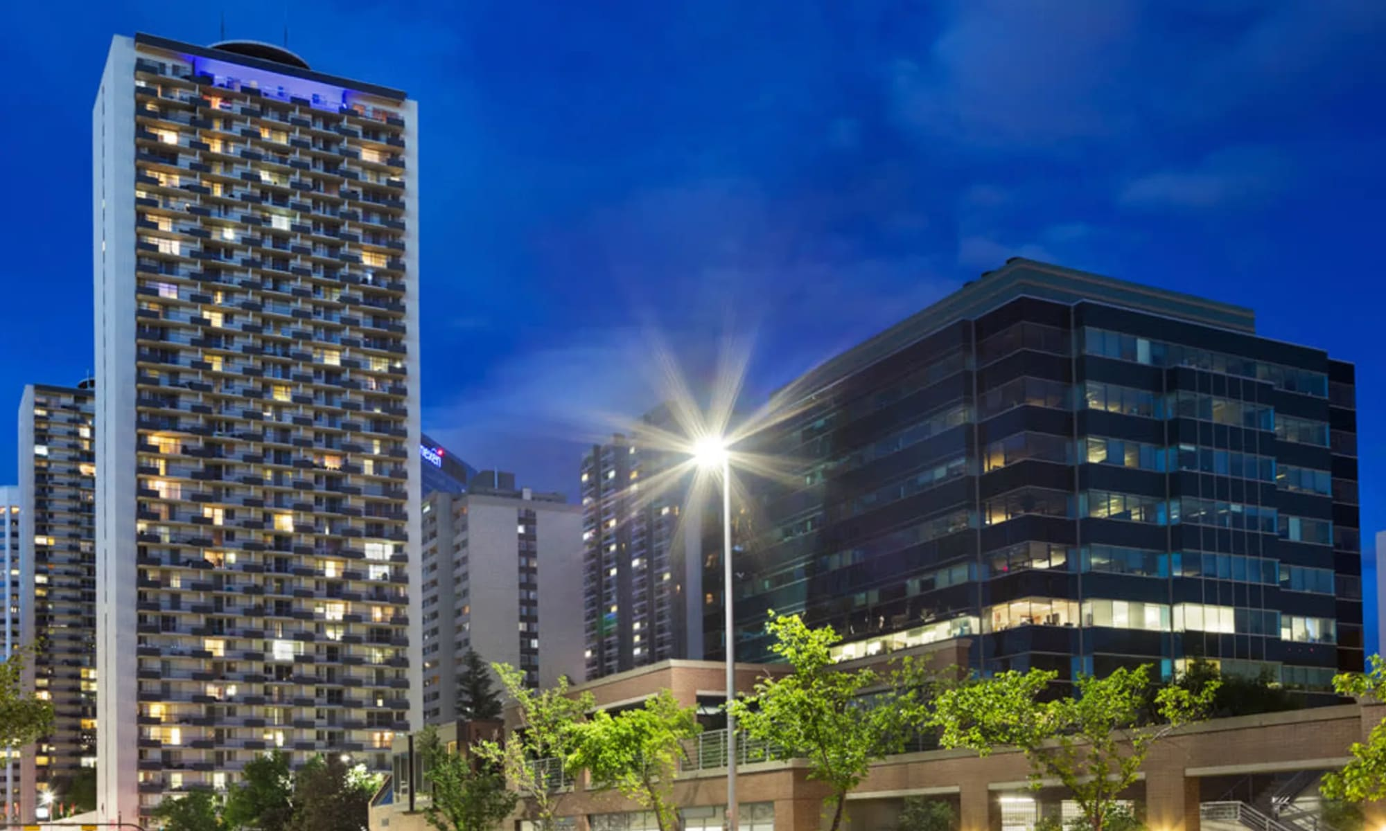 Downtown Calgary Apartments for Rent   High-Rise ...