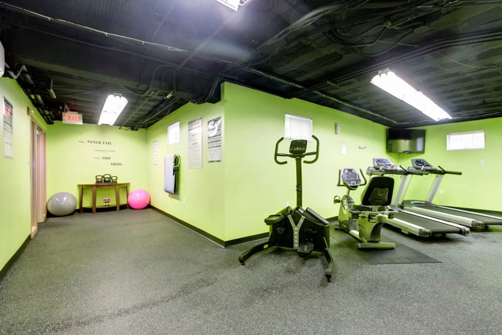 Montgomery Arms Apartments fitness center