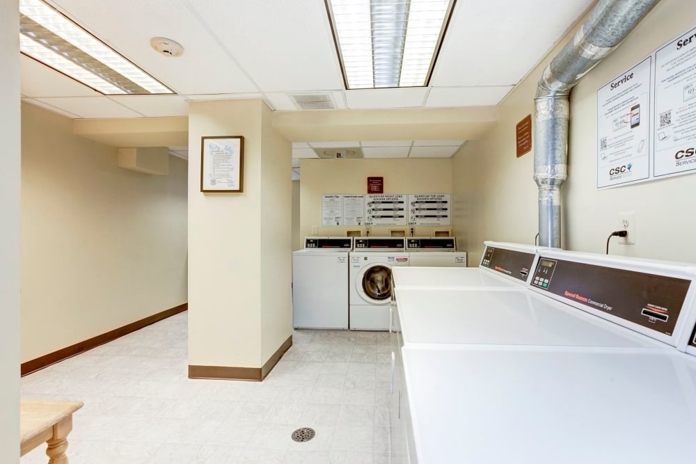 Montgomery Arms Apartments laundry room