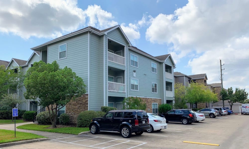 Exterior of Cornerstone Ranch Apartments in Katy, TX