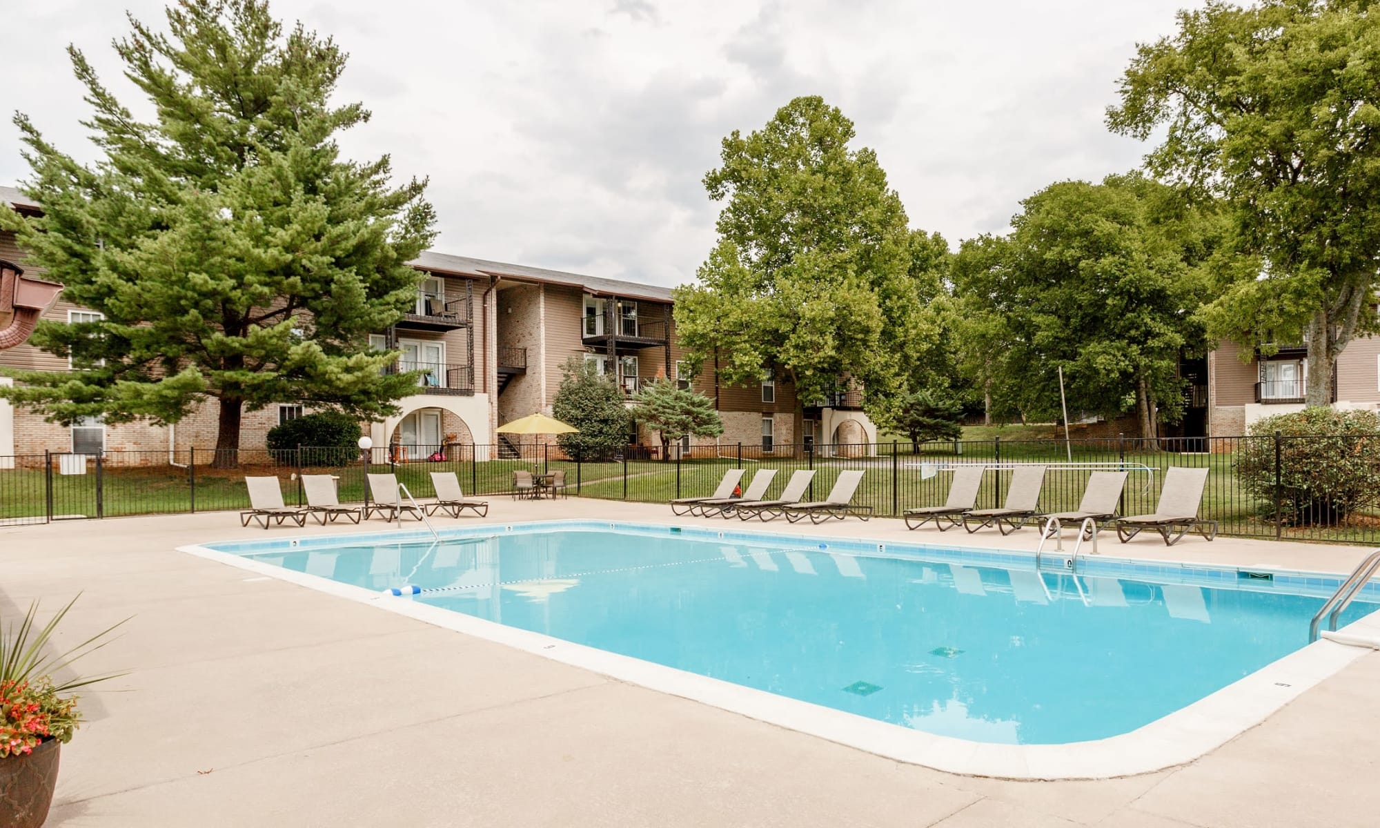 Apartments at The Village at Crestview in Madison, Tennessee