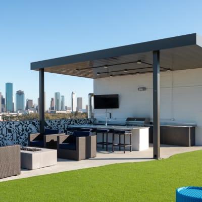 Rooftop deck at Bellrock Summer Street in Houston, Texas