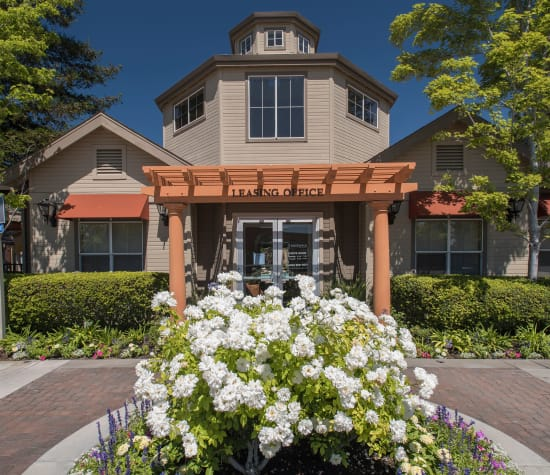 Rosewalk apartments, a sister property to Shadow Oaks Apartment Homes in Cupertino, California