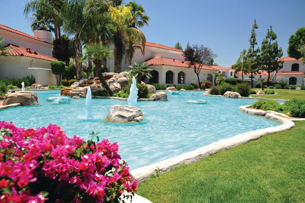 Beautiful Swimming Pool at San Antigua in McCormick Ranch in Scottsdale, Arizona
