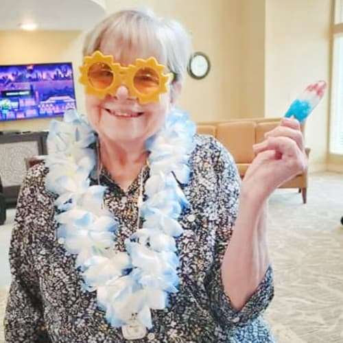 A resident at The Oxford Grand Assisted Living & Memory Care in Kansas City, Missouri