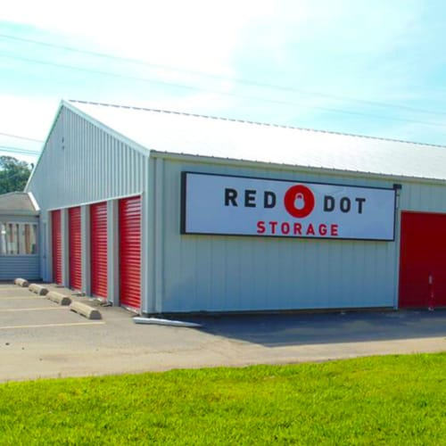 Building with storage units at Red Dot Storage in Bay St Louis, Mississippi