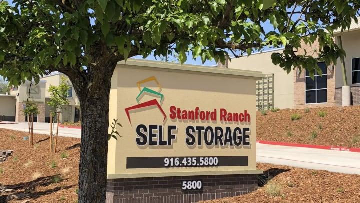 Stanford Ranch Self Storage Sign