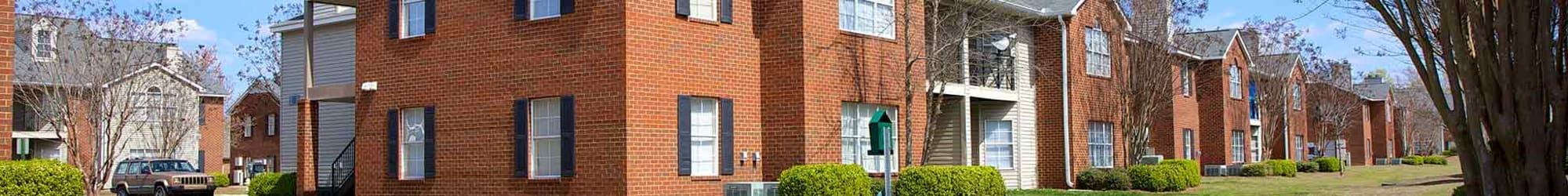 1, 2 & 3 bedrooms offered at apartments in Montgomery