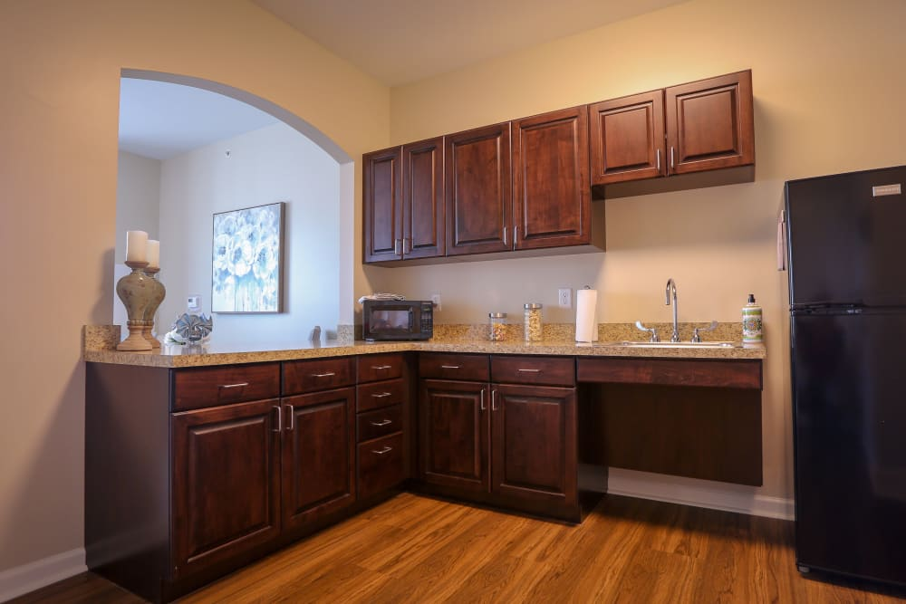 An apartment kitchen at Harmony at Martinsburg in Martinsburg, West Virginia