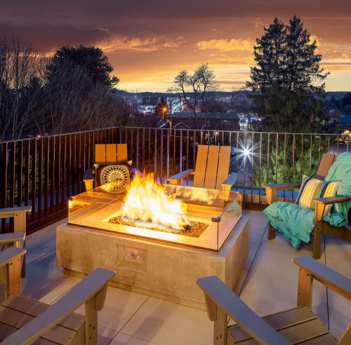 Fire pit on patio at Sandy Fifty One in Portland, Oregon