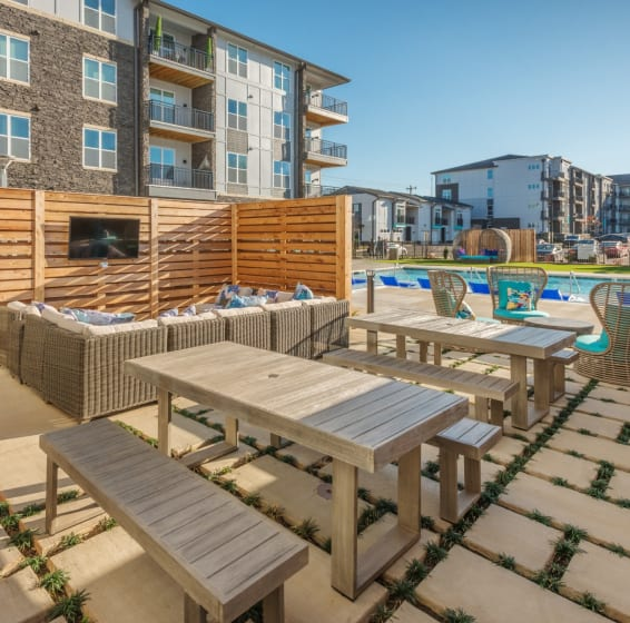 View our amenities at Blu at Northline Apartments in Charlotte, North Carolina