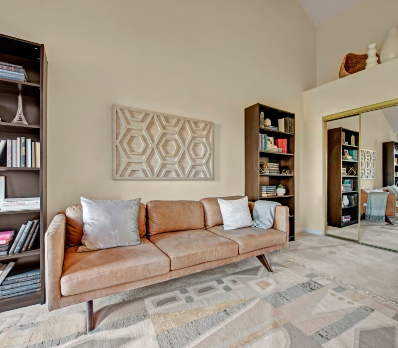 Well decorated living room area at Dulles Greene in Herndon, Virginia