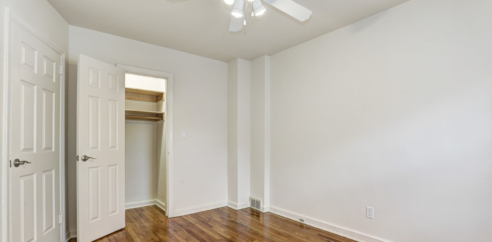 Spacious bedroom with ceiling fan at General Wayne Townhomes and Ridgedale Gardens in Madison, New Jersey