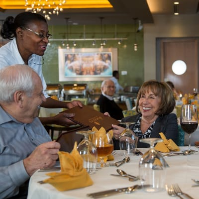 View our Dining options at All Seasons of Rochester Hills in Rochester Hills, Michigan