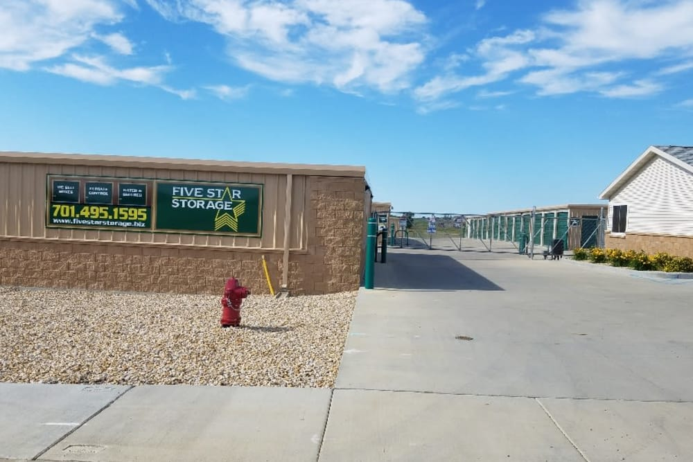 Exterior at Five Star Storage in Dickinson, ND