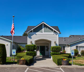 Exterior view of South Pointe in Everett, WA