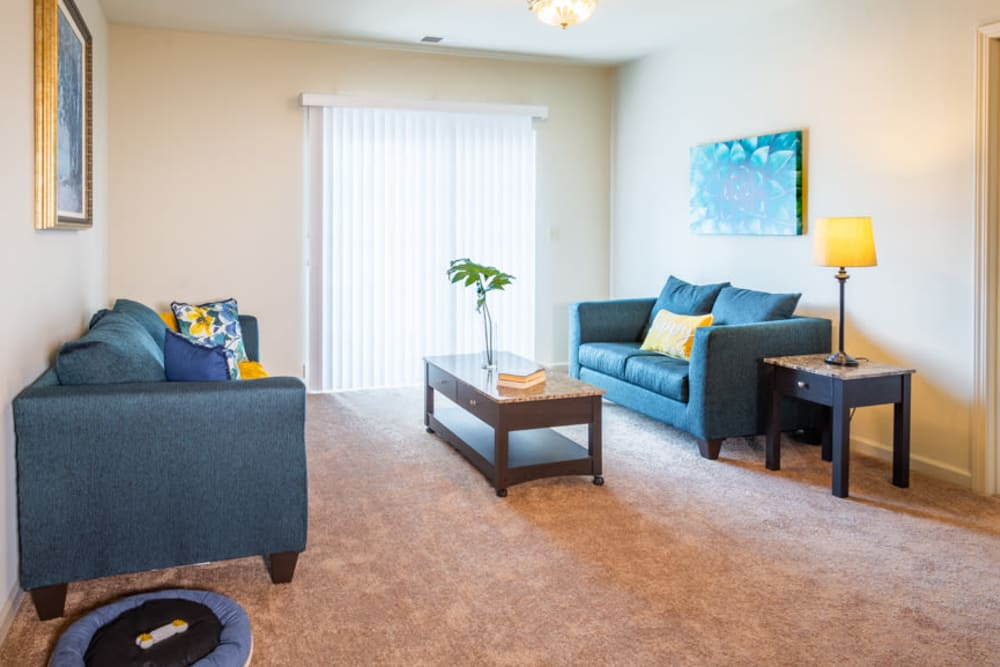Living room at The Harmony Collection at Roanoke - Independent Living in Roanoke, Virginia
