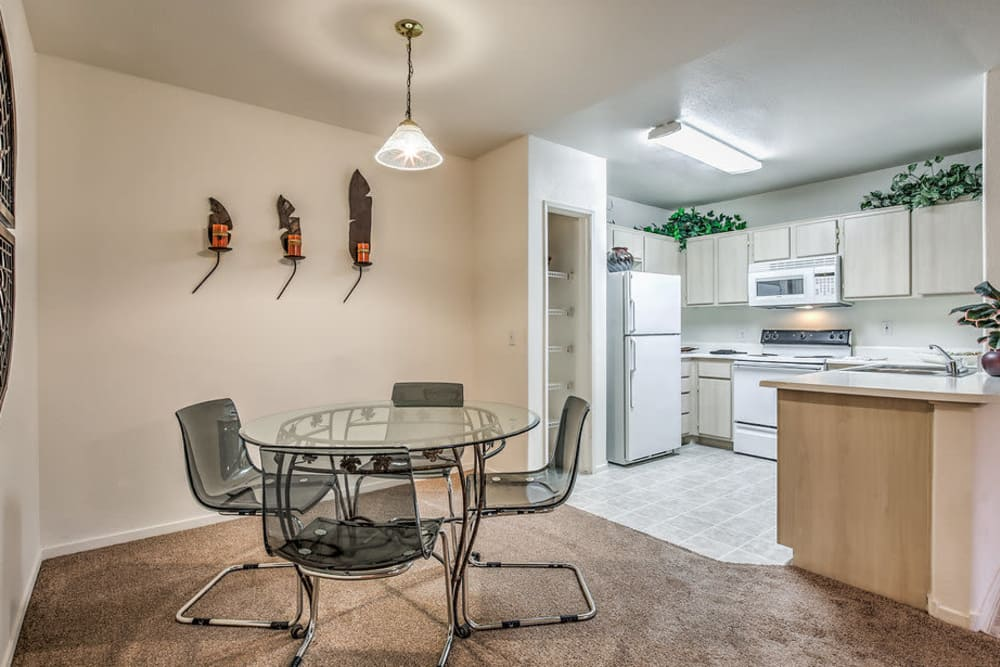 Apartment features at Avion at Sunrise Mountain