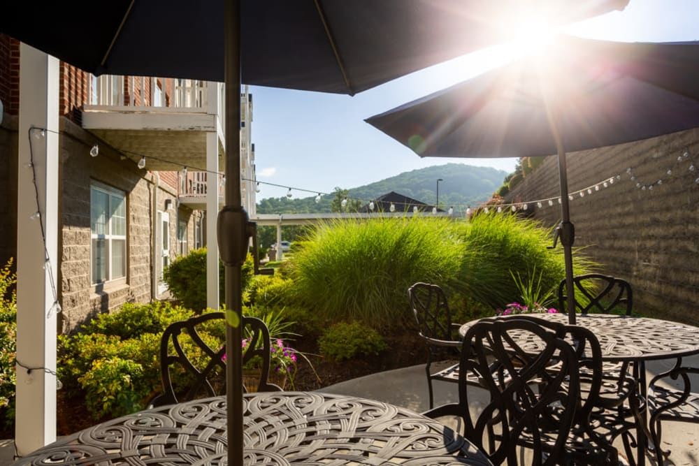 Patio at The Harmony Collection at Roanoke - Independent Living in Roanoke, Virginia