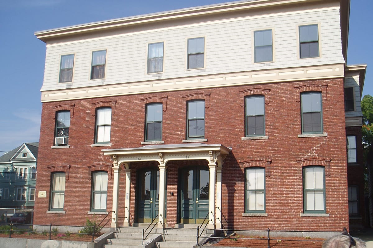 View our Reviviendo Family Housing properties at Lawrence CommunityWorks Apartments in Lawrence, Massachusetts