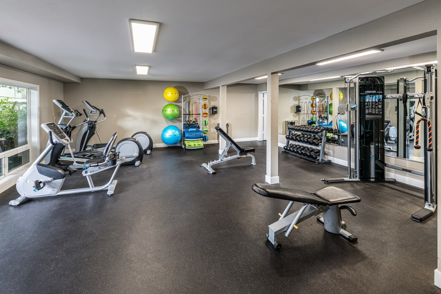 Fitness Center with variety of equipment at Edgewood Park Apartments in Bellevue, Washington