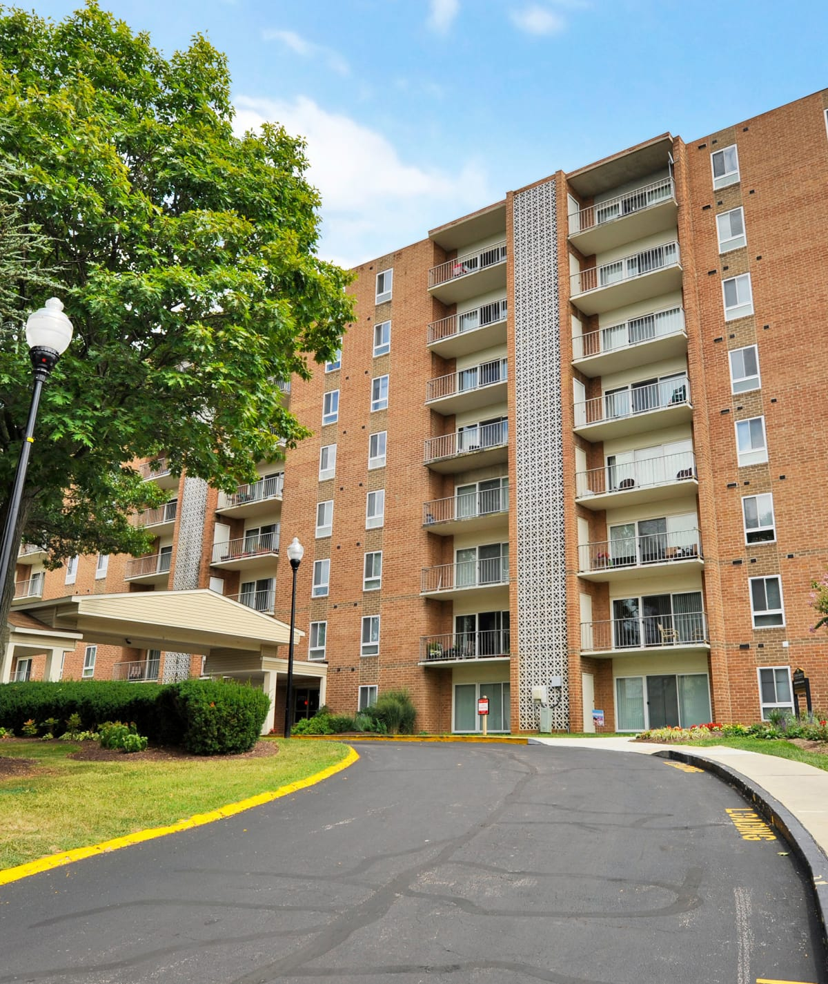 Apartments in Windsor Mill, MD