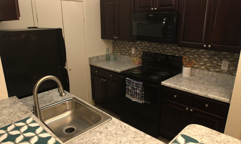 The Greens at Westgate Apartment Homes offers a spacious kitchen in York, PA