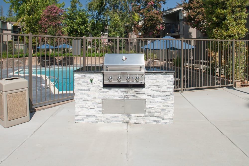 Barbecues for a summer dinner with your family at Valley Ridge Apartment Homes in Martinez, California