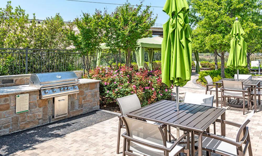 Spacious bbq area at GreenVue Apartments in Richardson, Texas
