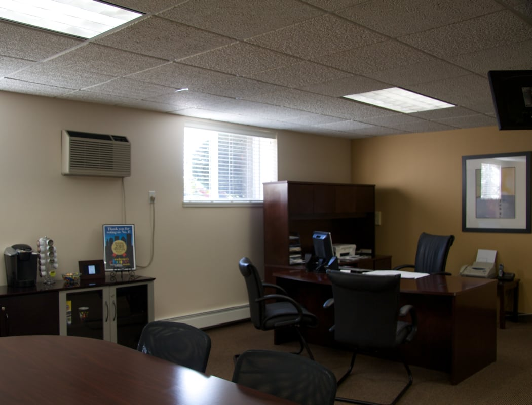 Business Center at Elmwood Court Apartments in Rochester