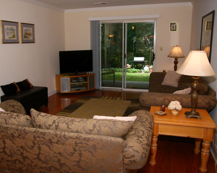 Spacious living room at Parkview Commons Apartments in Caldwell, NJ