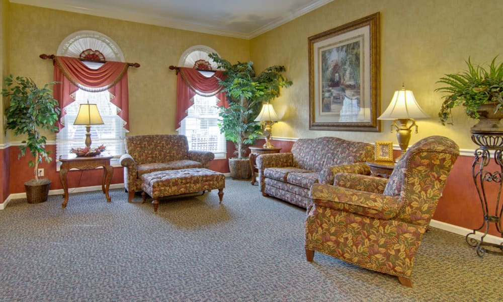 Comfortable lobby at South Pointe Senior Living in Washington, Missouri