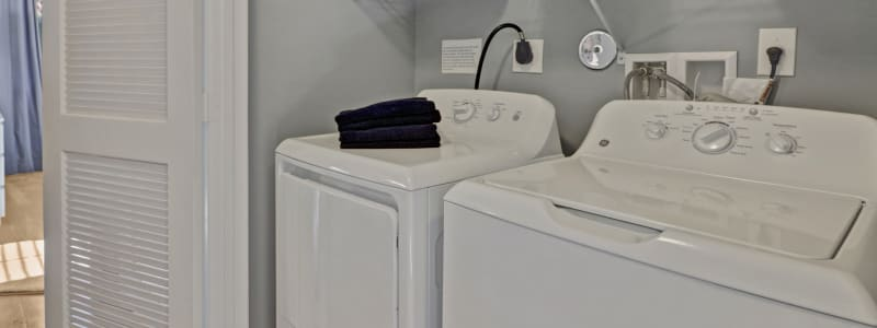 In-unit washer and dryer at Linden Pointe in Pompano Beach, Florida