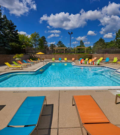 View the Amenities at Saddle Creek Apartments in Novi, Michigan