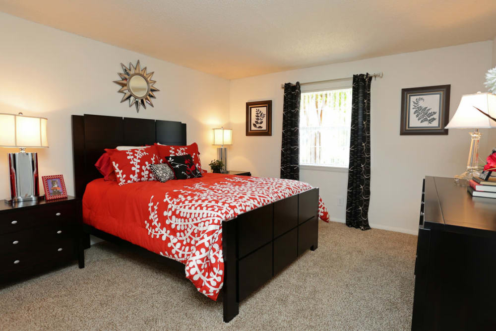 Luxury bedroom at apartments & townhomes in Homewood, AL