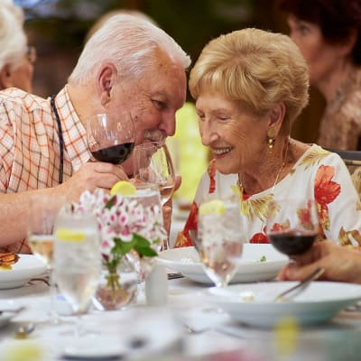 A couple enjoying dining at The Crossings at Eastchase in Montgomery, Alabama