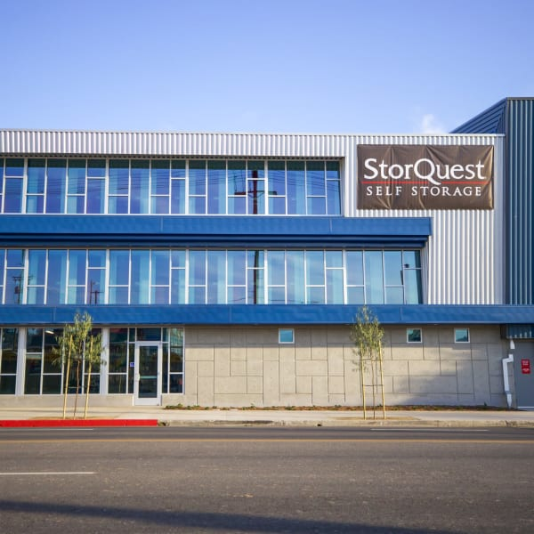 Exterior view of StorQuest Self Storage in Los Angeles, California