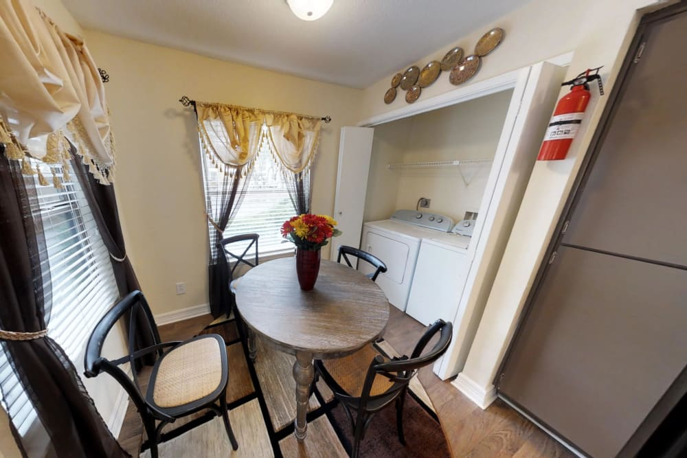 Dining room at Cedar Ridge Apartments