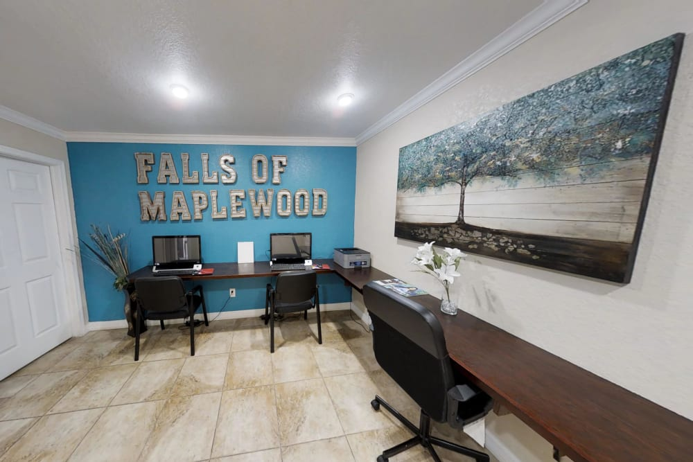 Business center at Falls of Maplewood Apartments in Houston, Texas