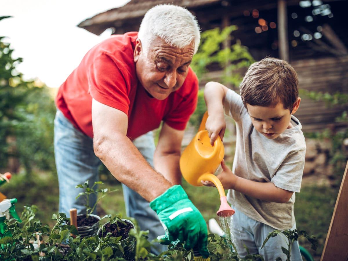 intergenerational activities at Worthington Manor in Conroe, Texas.