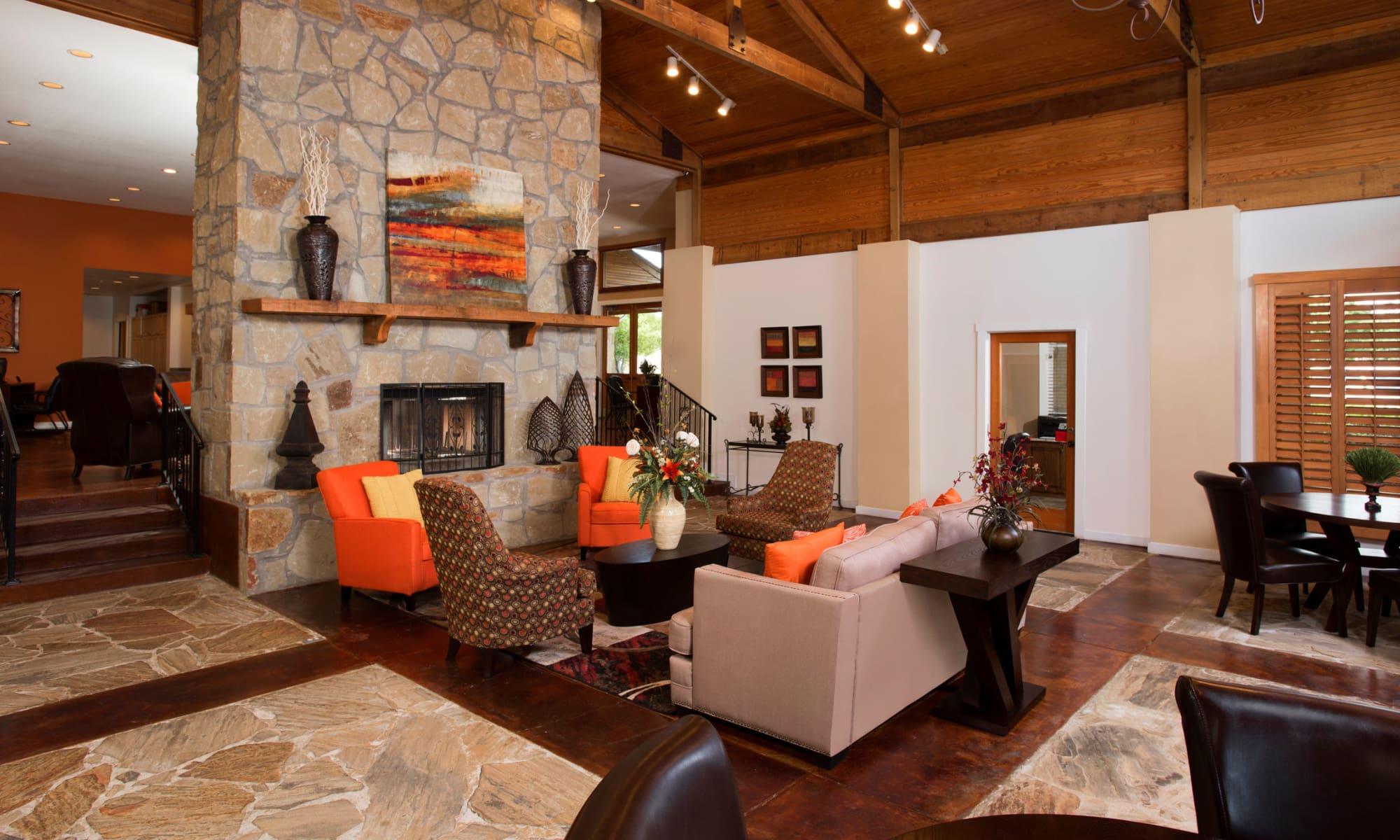 Apartments at El Lago Apartments in McKinney, Texas