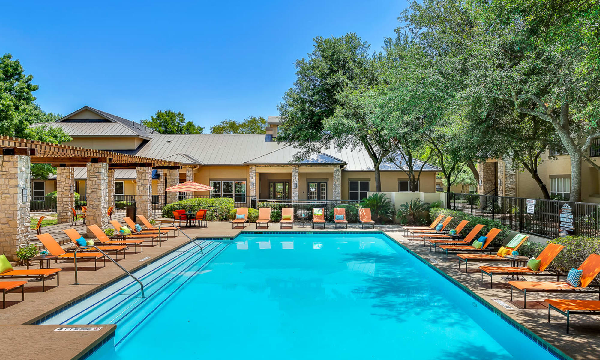 Beautiful apartments at Villas at Oakwell Farms in San Antonio, Texas