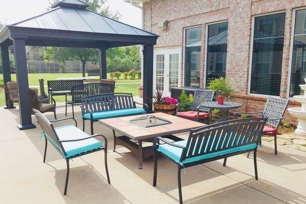 Tables outside at Lionwood in Oklahoma City, Oklahoma.