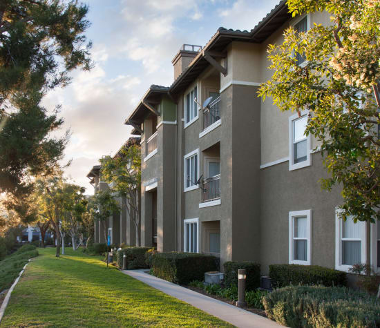 Alicante, a sister community to Paloma Summit Condominium Rentals in Foothill Ranch, California