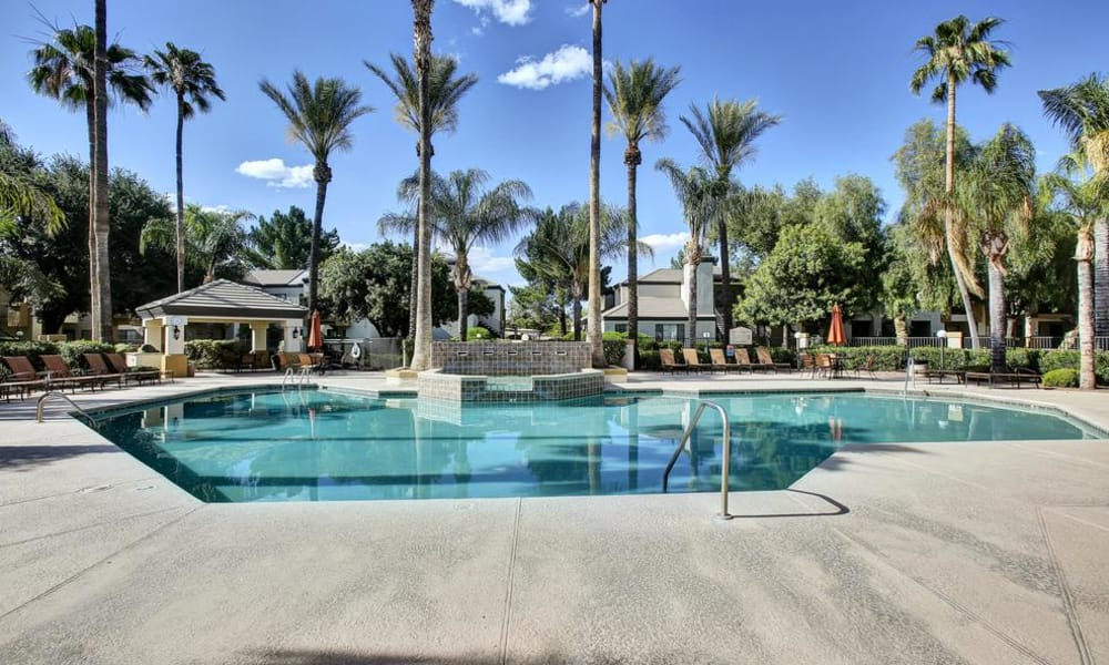 Large pool of CentrePoint Apartments in Tucson
