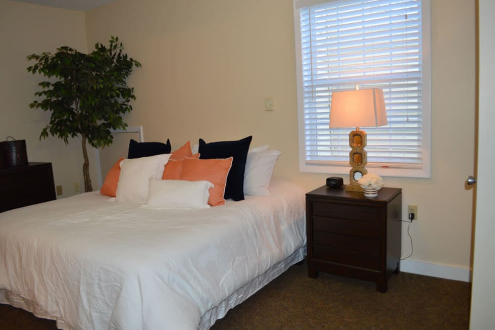 Resident bedroom at The Willows at Springhurst in Louisville, Kentucky.