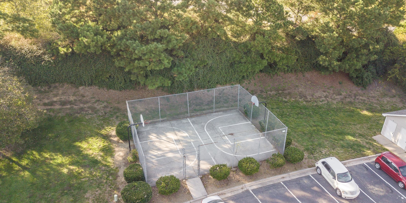 Exterior of basketball court at Parkway Station Apartment Homes in Concord, North Carolina