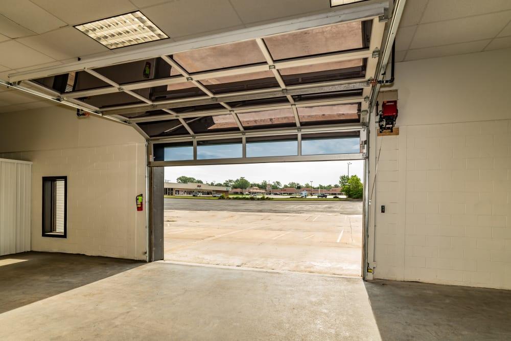 Hallways at Kenosha Self Storage in Broken Arrow, Oklahoma