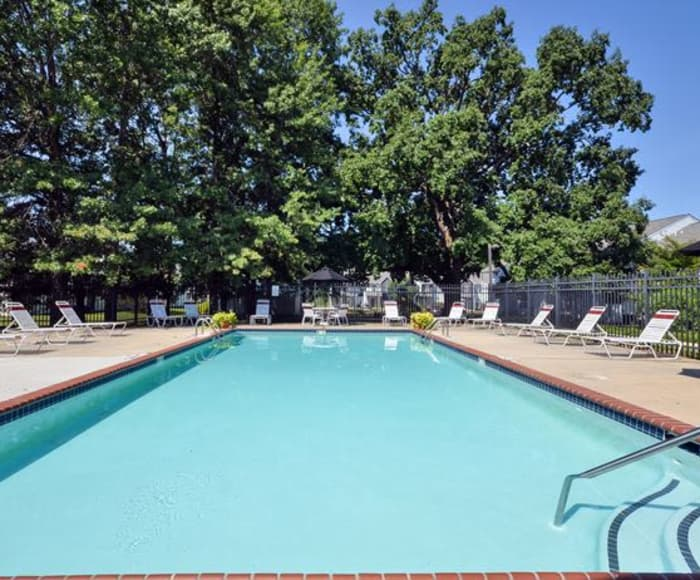 Fox Run Apartments & Townhomes offers a swimming pool in Bear, DE