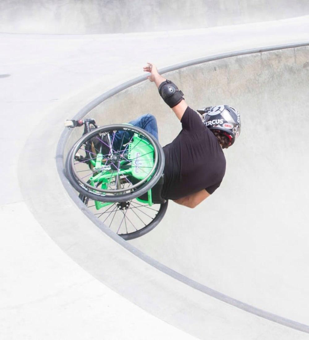 Jesse Billauer in a skatepark on his wheelchair